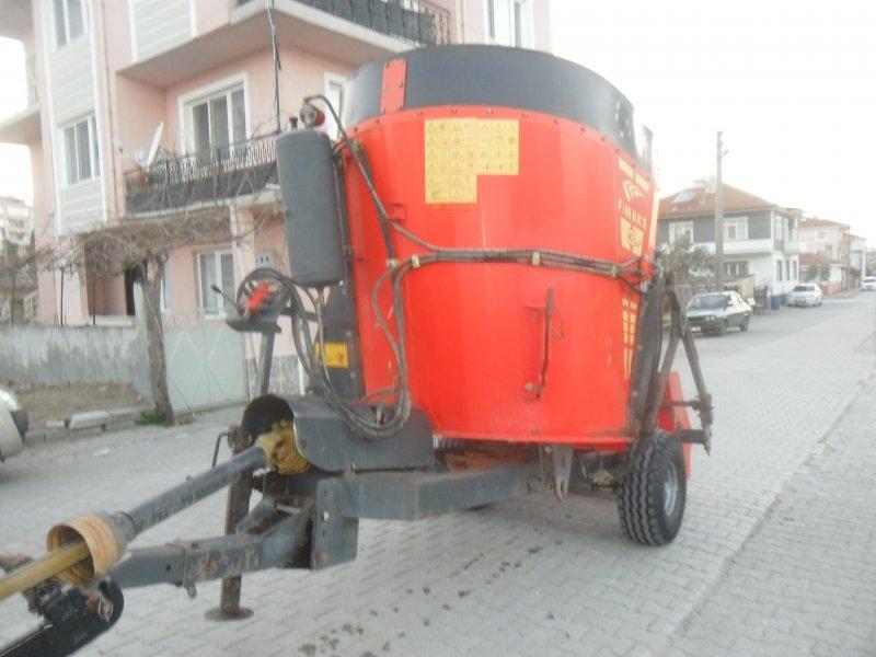 2012 MODEL 3+1 DİK YEM KARMA MAKİNASI